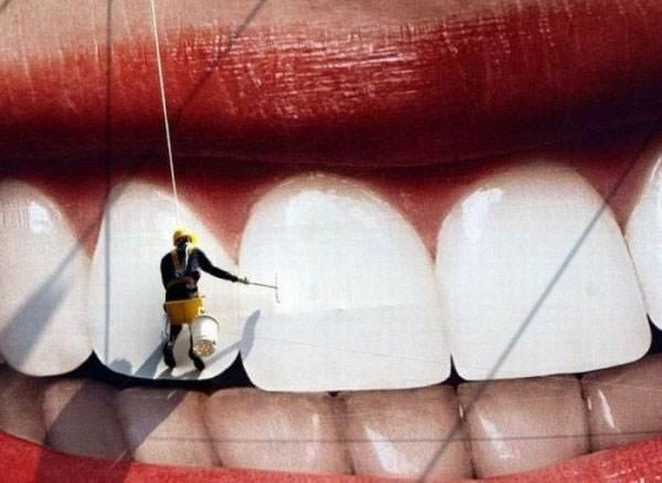 Blancorexia: La peligrosa obsesión por unos dientes blancos